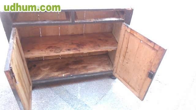 Mueble antiguo especial para restaurar for Vendo muebles antiguos para restaurar