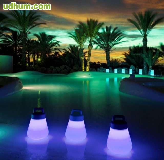 L mpara para piscina isla marina for Lamparas para piscinas