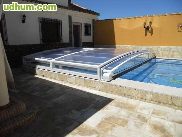Cubiertas para piscinas 6 for Fotos de piscinas cubiertas
