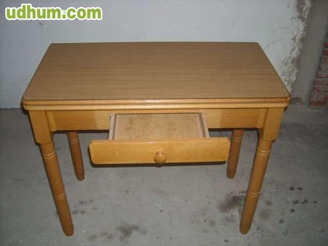 Juego mesa y silllas cocina for Juego mesa cocina