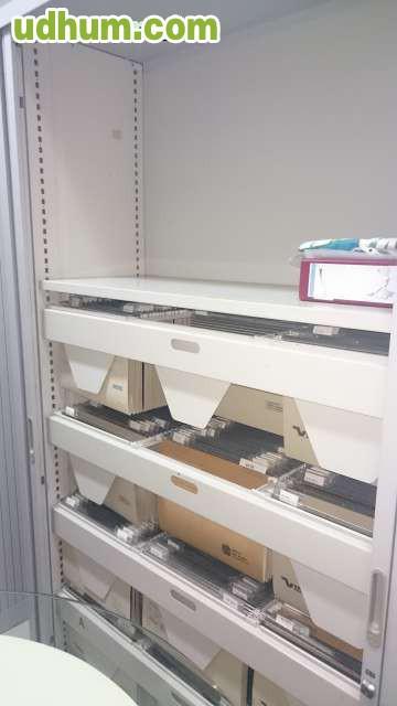 , estanterías, para oficina en muy buen estado precio a convenir