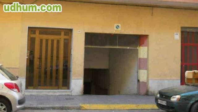 Plaza de garaje en gandia for Plaza garaje valencia