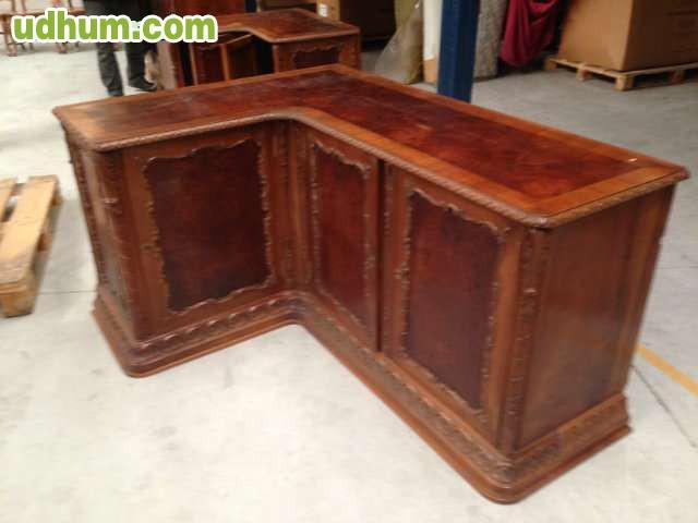 Muebles antiguos de madera maciza for Muebles madera antiguos