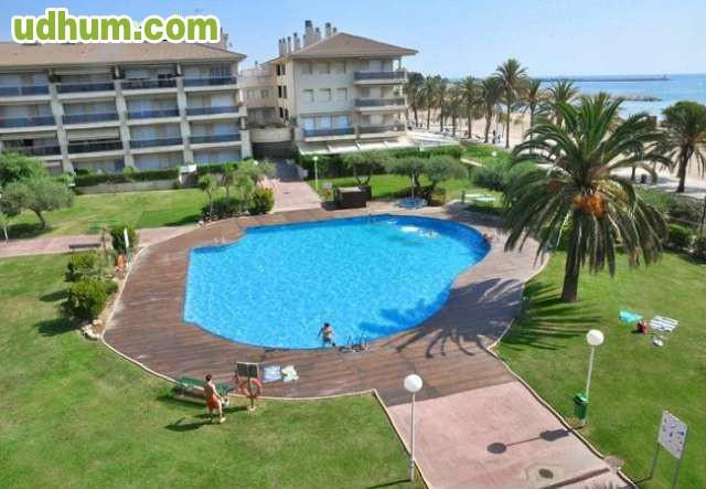 Cambrils playa piscina apartamentos for Piscina cambrils