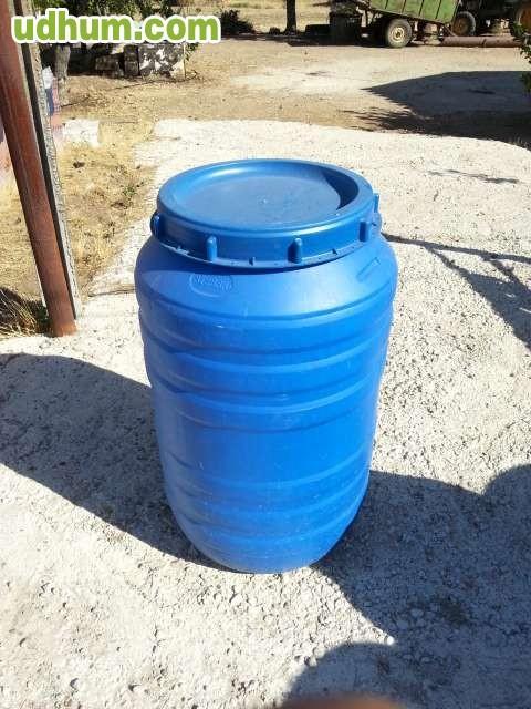 Bidones de 220 litros 2 for Bidones de 1000 litros