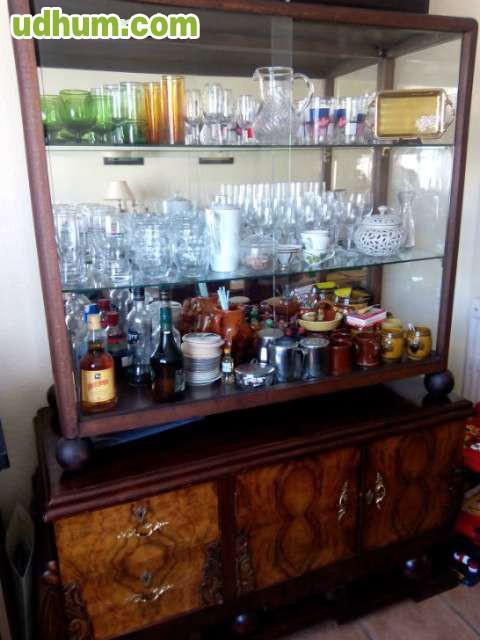 Muebles antiguos de madera para comedor for Muebles de comedor antiguos