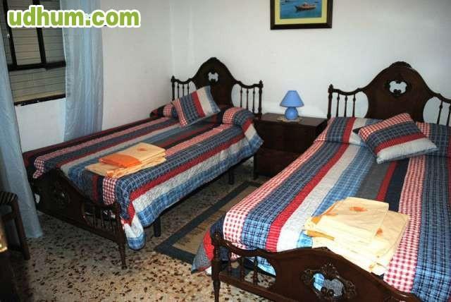 Azulejos Baño Gandia:Chalet en alquiler cerca de la playa Dispone de 3 dormitorios, 1