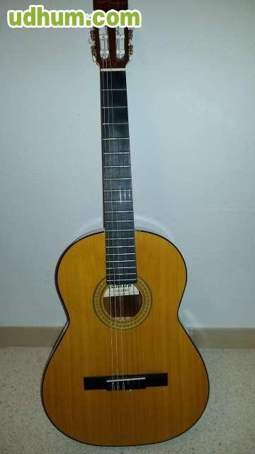 Guitarra admira nueva for Guitarra admira