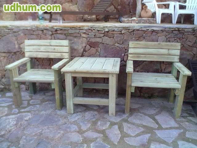 Muebles de madera para jardin y casa for Muebles casa y jardin