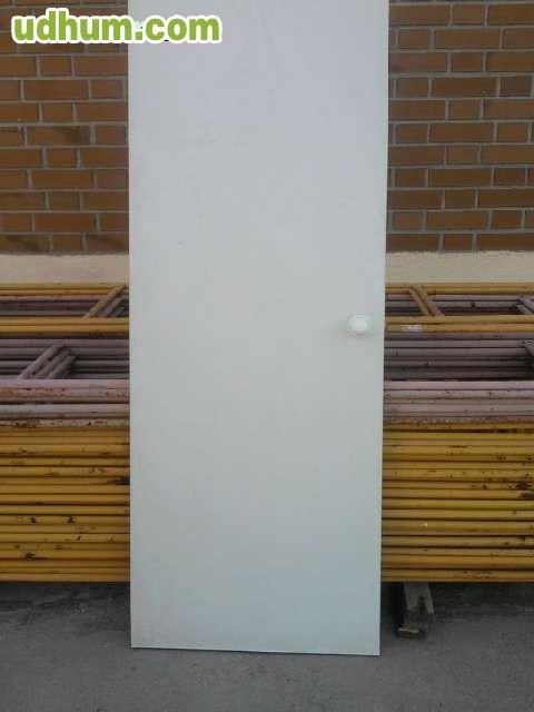 Puertas blancas 1 for Puertas semi macizas blancas