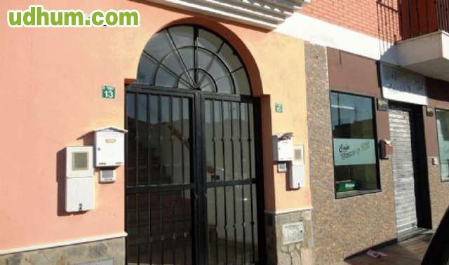 Piso en venta con plaza de garaje 3 for Plaza de garaje almeria