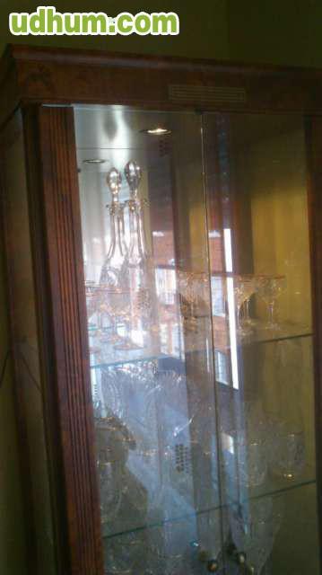 Vitrina con luz espejo y cristales - Cristales y espejos ...