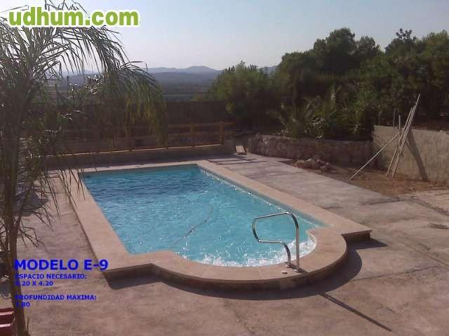Piscinas de poliester 4 for Fabricantes piscinas poliester
