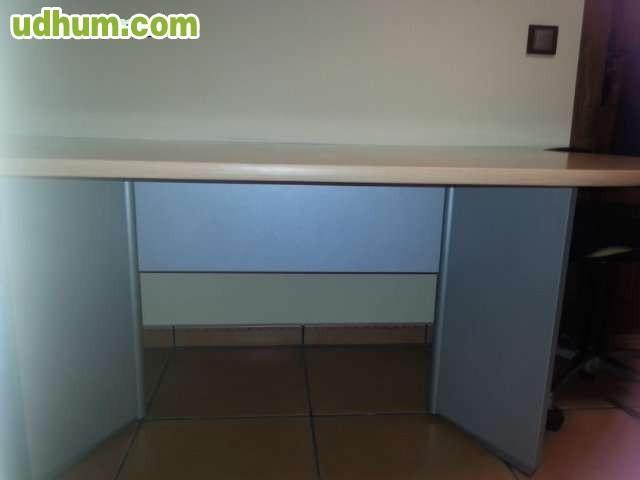 Se venden muebles de oficina 3 for Muebles para oficina 5