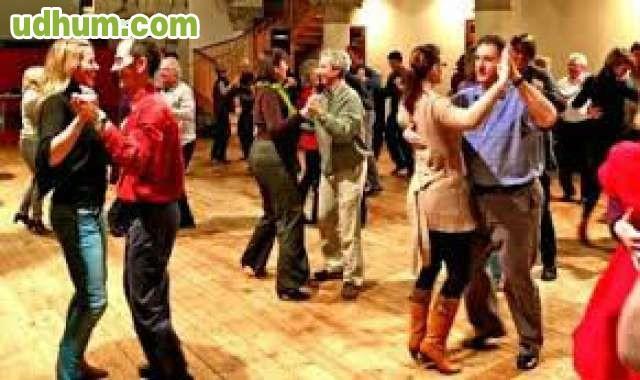 Baile de salon y ritmos latinos for Battlefield 1 salon de baile