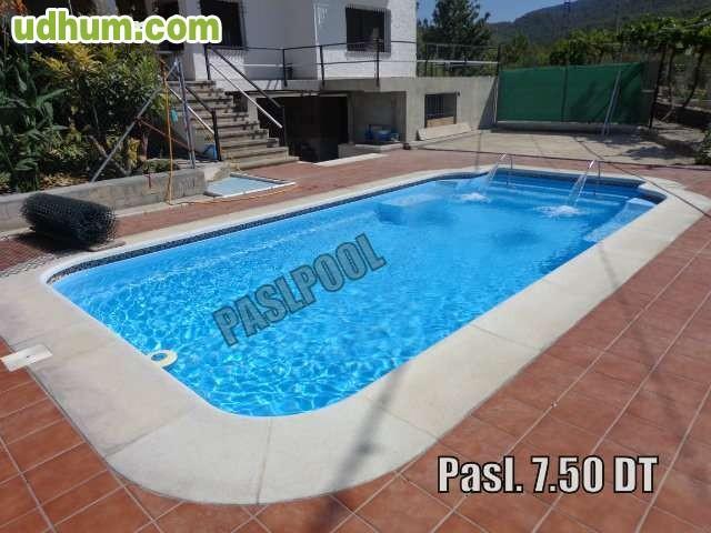 Paslpool piscinas de poliester for Fabricantes piscinas poliester