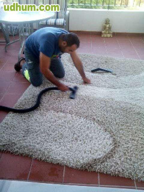 Limpieza de tapiceria dezde 30 euros - Tapiceros en malaga ...