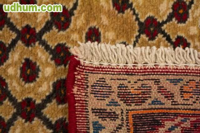 Maravillosa alfombra persa pasillera for Precios alfombras persas originales