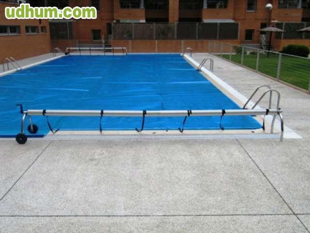 Manta protectora solar burbujas for Manta solar piscina