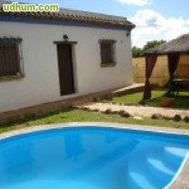 Casa con piscina camino del sherif for Piscinas trobajo del camino