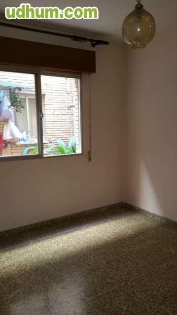 Piso 3 dormitorios huetor vega for Pisos alquiler huetor vega