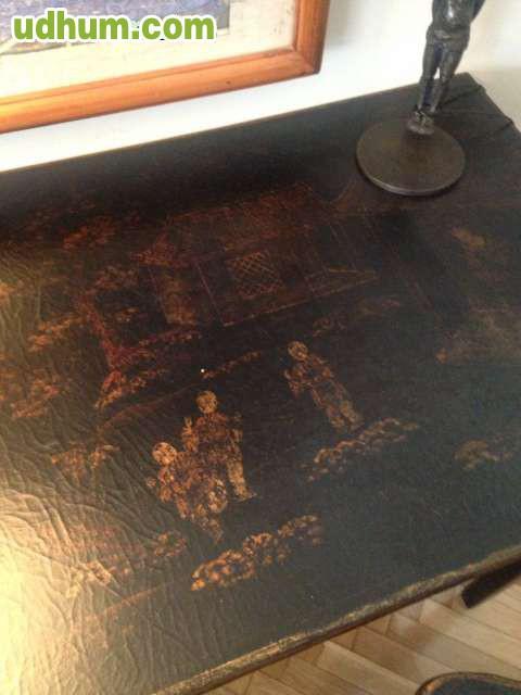 Mesa escritorio y silla becara for Vendo papel pintado